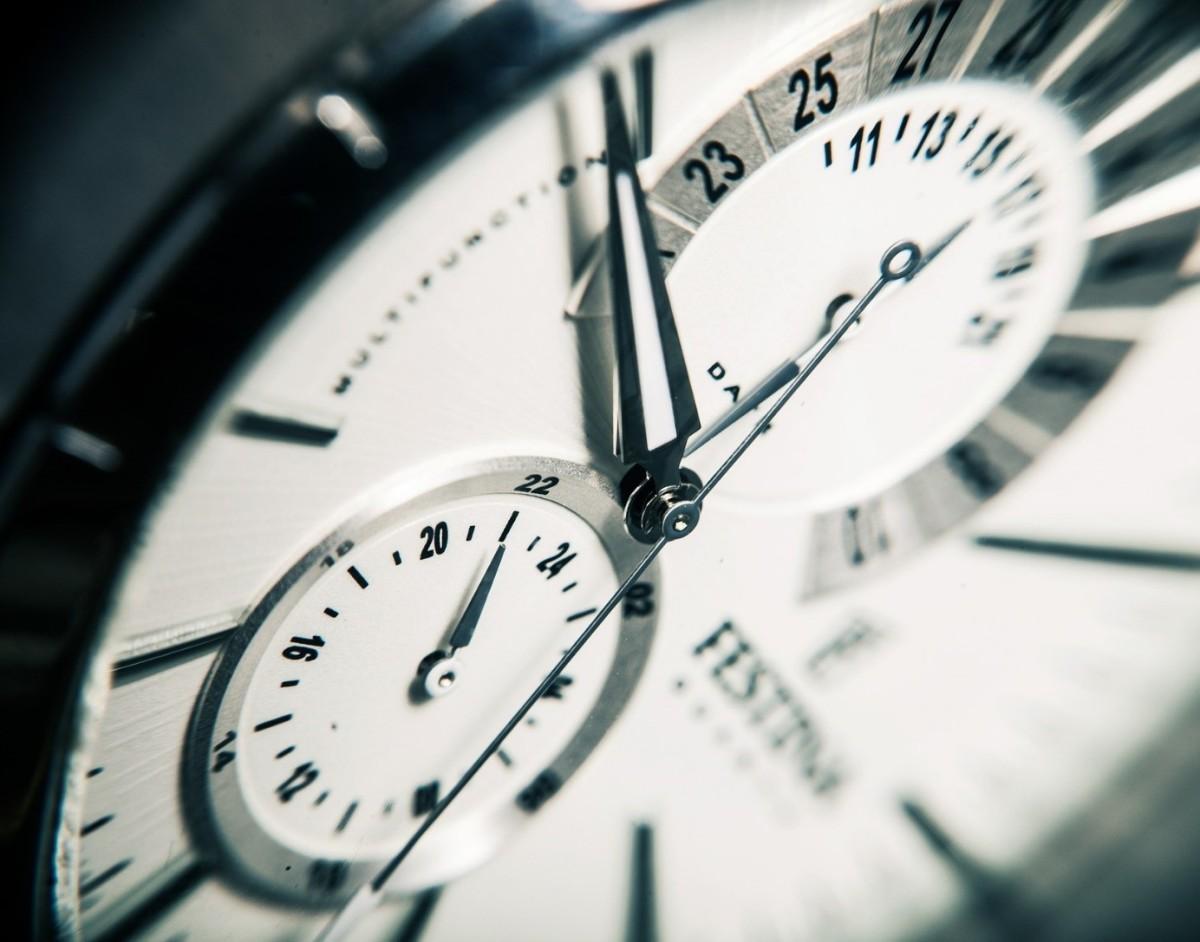 No.5 - Live the clock alone